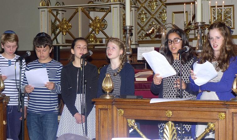 Jom Hashoah 2016 i synagogen - Børn fra Carolineskolen synger